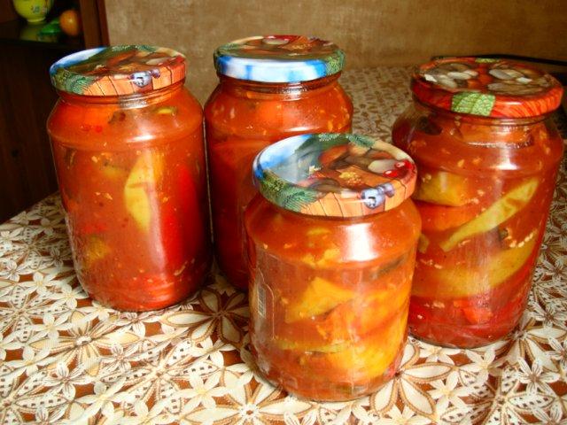 острый перчик в томатном соусе на зиму