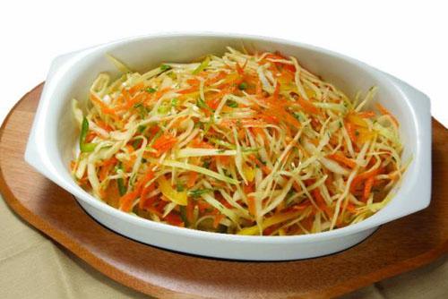 ohotnichij-salat-s-kapustoj